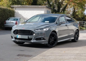 Ford Mondeo solid grey wrap