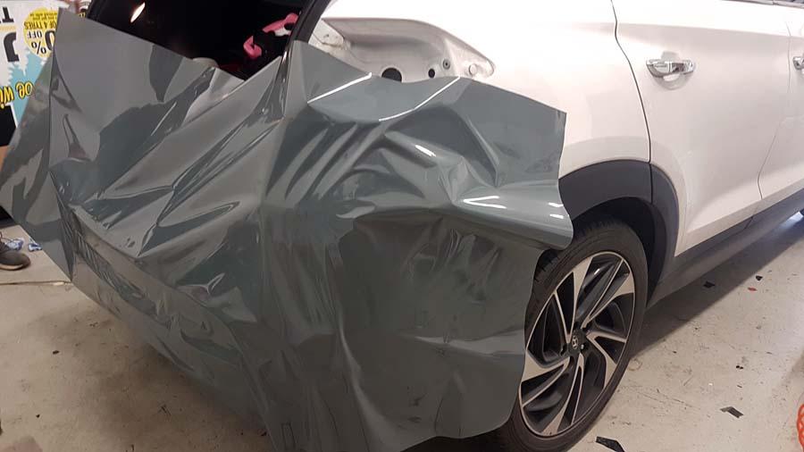 Hyundai Tucson Nardo grey wrap